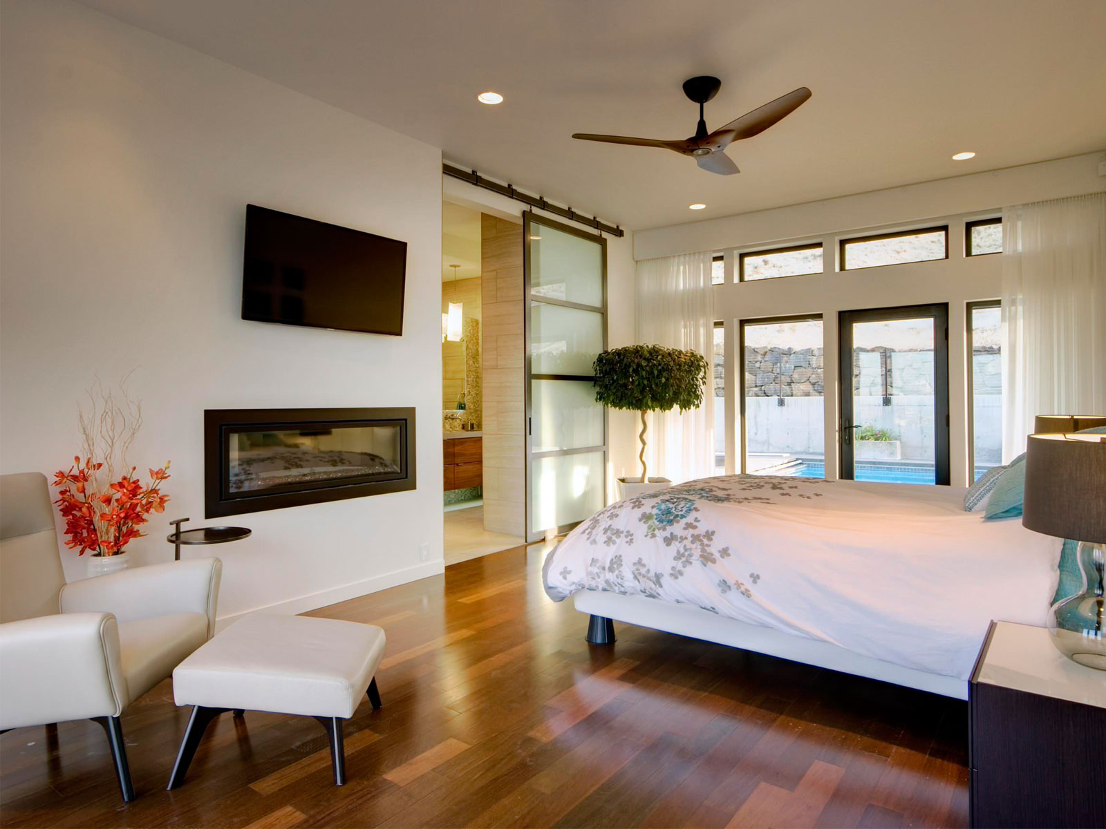 Modern Bedroom Lighting