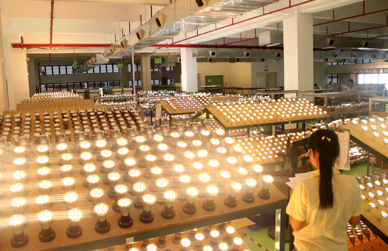 LED PAR Light Aging Line